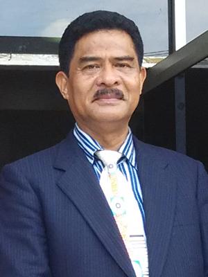 Drs. Nikolas Kaesmetan